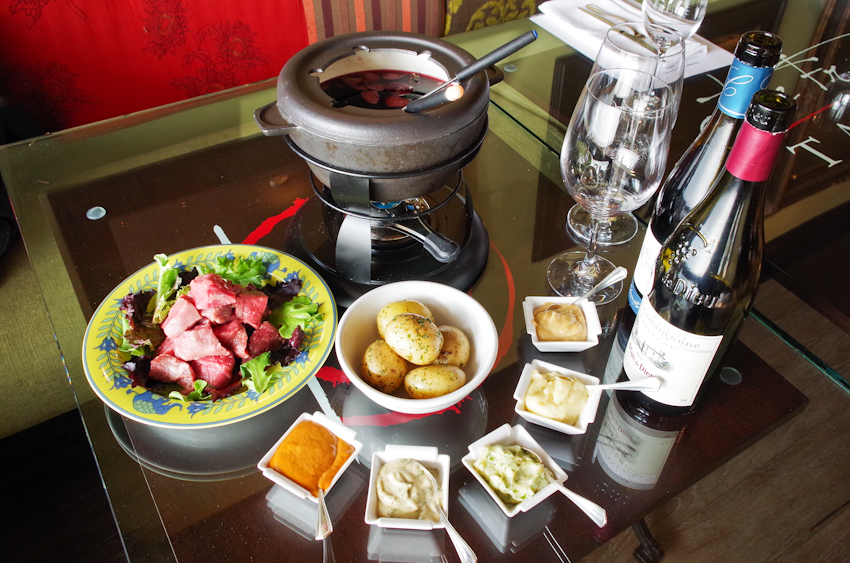 thefrenchtable-burgundy-fondue-4