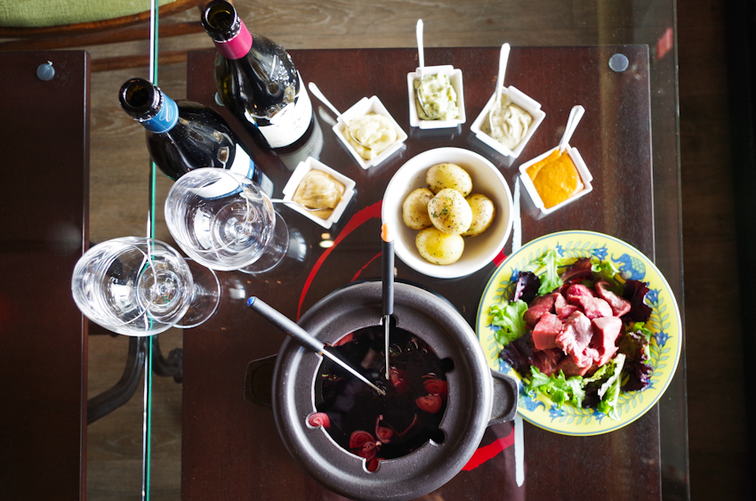thefrenchtable-burgundy-fondue-6