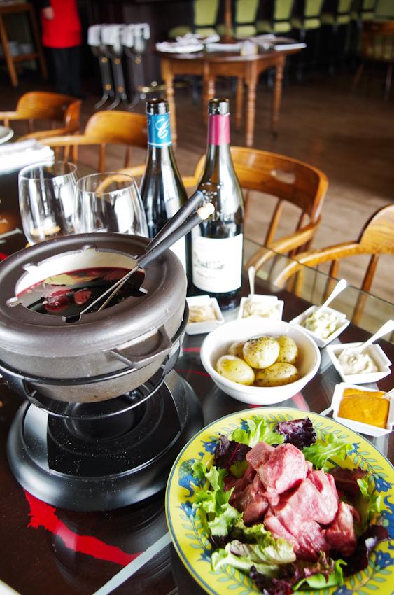 burgundy-fondue